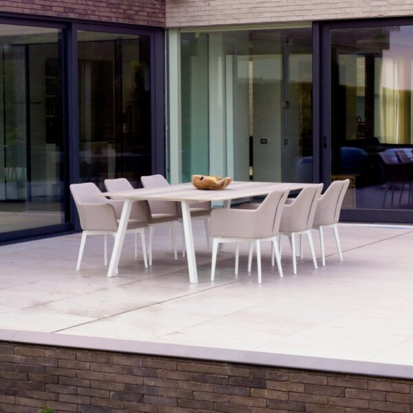 Ines outdoor dining chair table