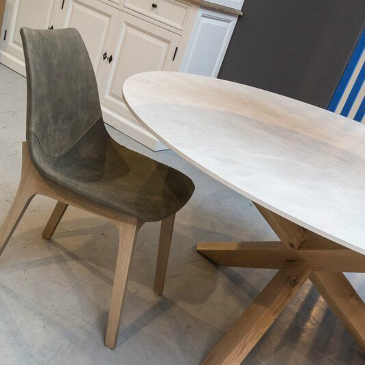 round ceramic wood dining table